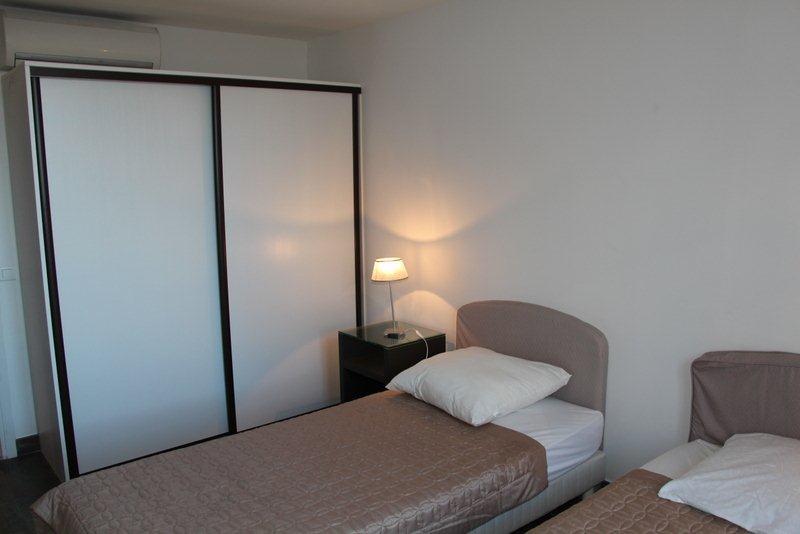 Four bedroom duplex near the Gray d'Albion