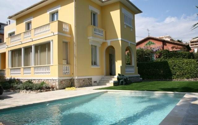 19th Century villa near Cannes Palm Beach
