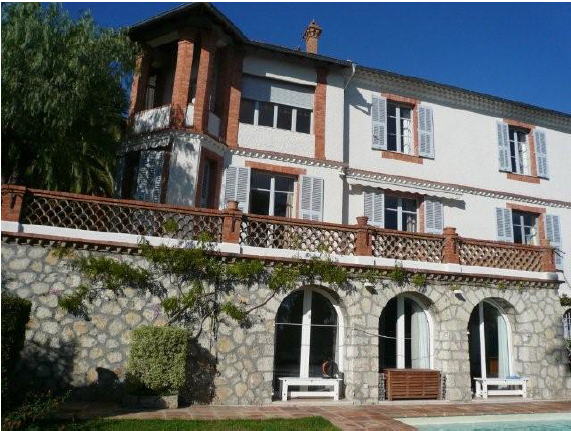 8 bedroom villa with pool in Cannes