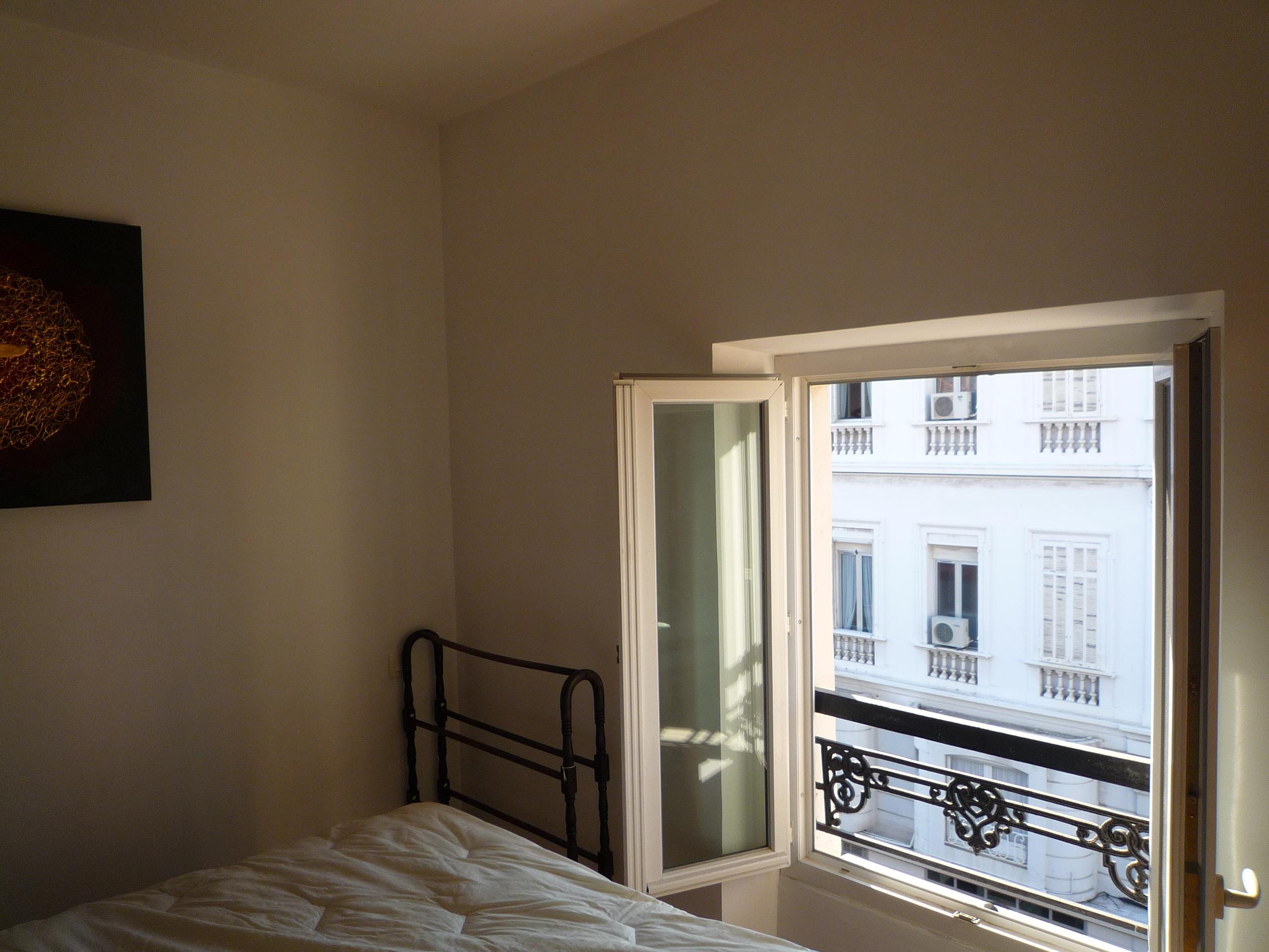 Modern 2 bedroom duplex facing Cannes´port