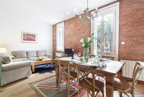 Great three bedroom apartment in Eixample quarter