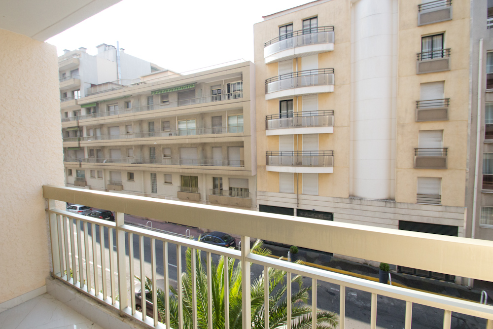 Great two bedroom apartment near Rue d´Antibes