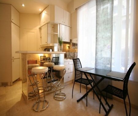 Great studio apartment 100m from the Croisette