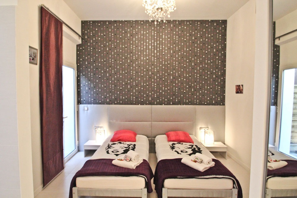 Renovated one bedroom apartment in a residence