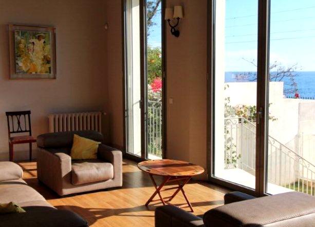 Six bedroom sea view villa in Cannes