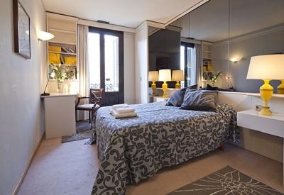 Spacious three bedroom apartment on Gran Vía