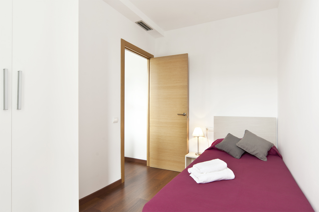 Great three bedroom apartment in the Eixample