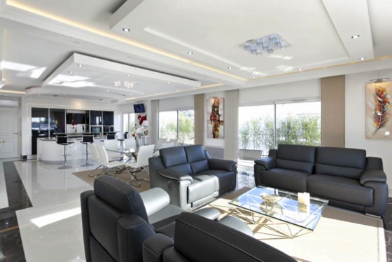 Absolutely stunning four bedroom apartment with views