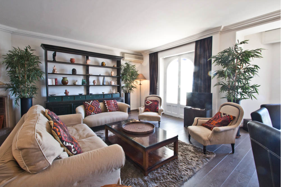 Beautiful two bedroom apartment on the Croisette