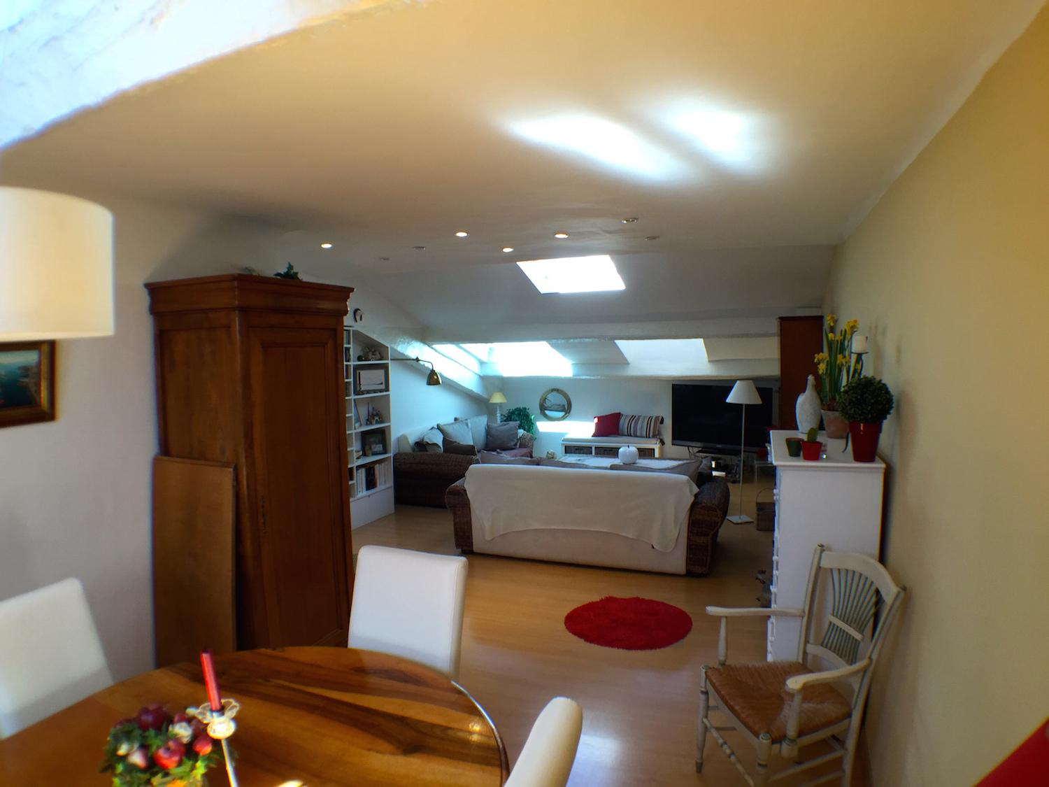 Beautiful two bedroom apartment on rue d´Antibes with terrace