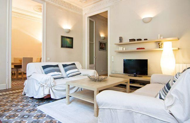 Elegant four bedroom in Barcelona center