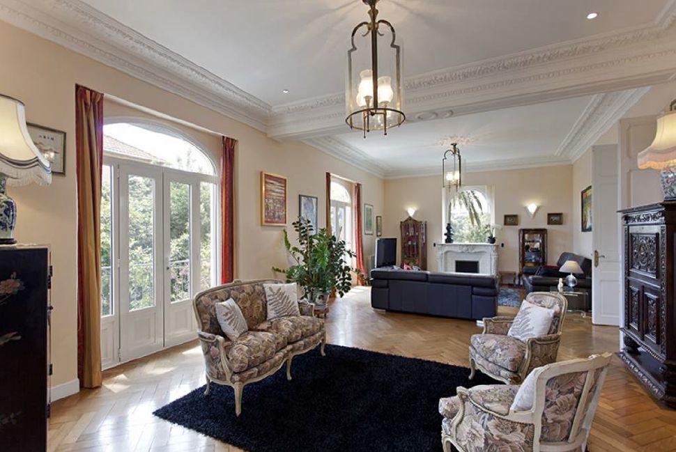 Beautiful six bedroom villa in Cannes