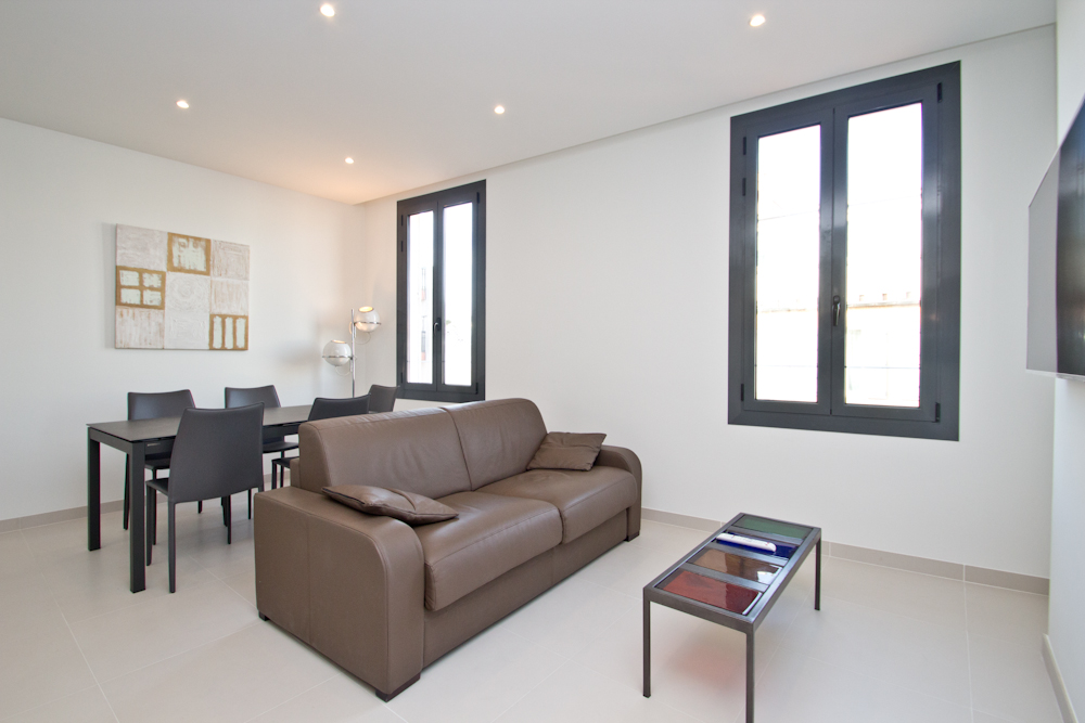 Modern two bedroom two bathroom apartment close to Palais