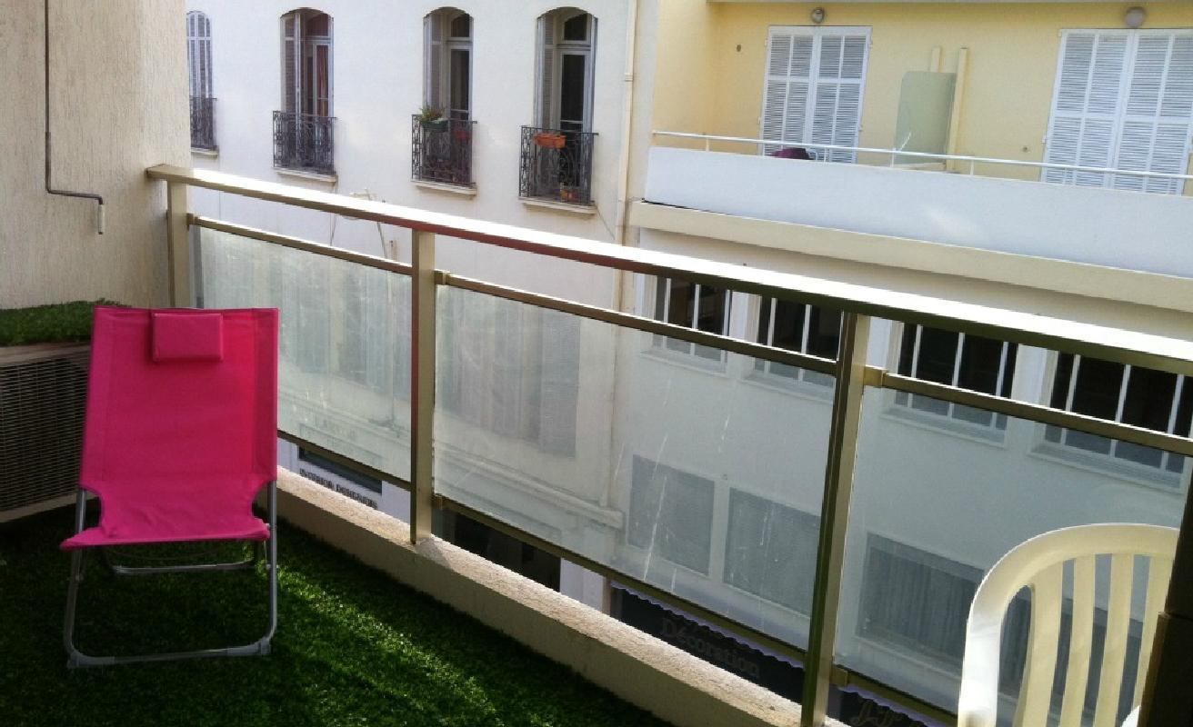 Modern studio 3 minutes walk from Palais