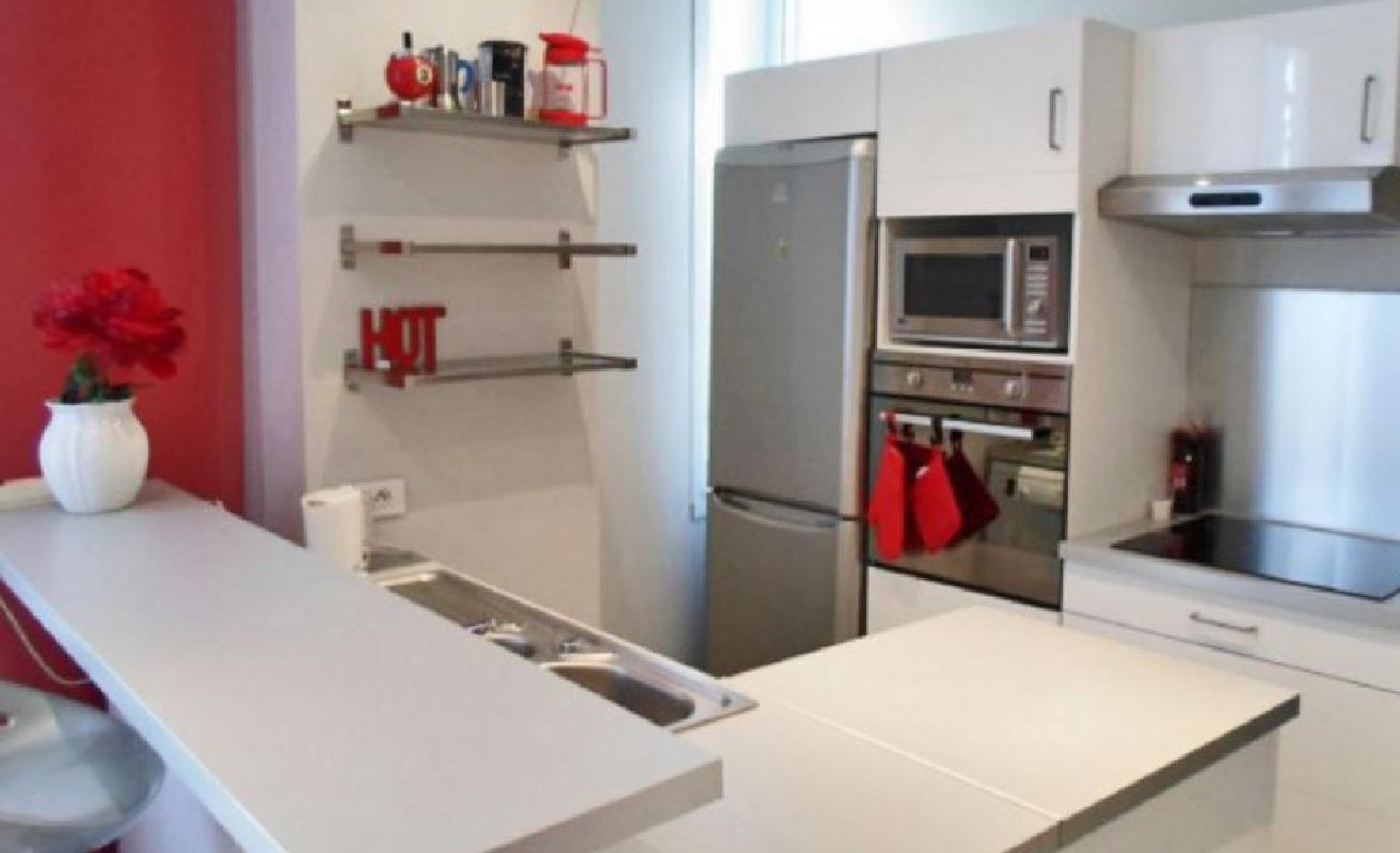One bedroom apartment close to the Palais