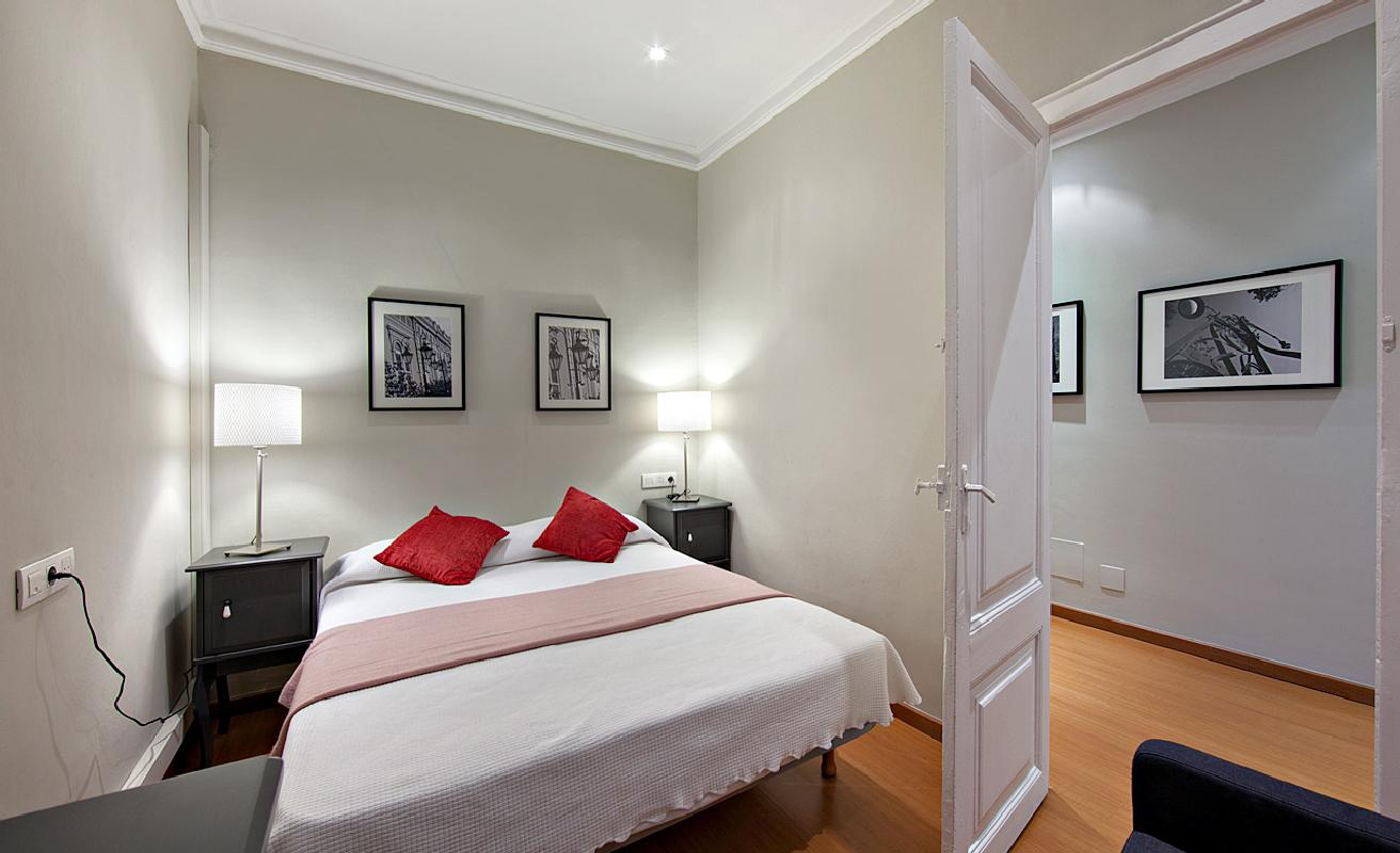 Fabulous three bedroom apartment in Barcelona center