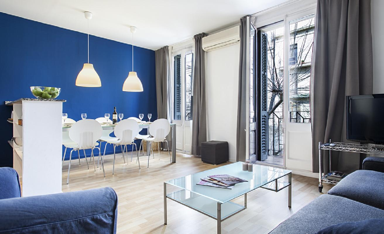 Nice two bedroom apartment in Sants