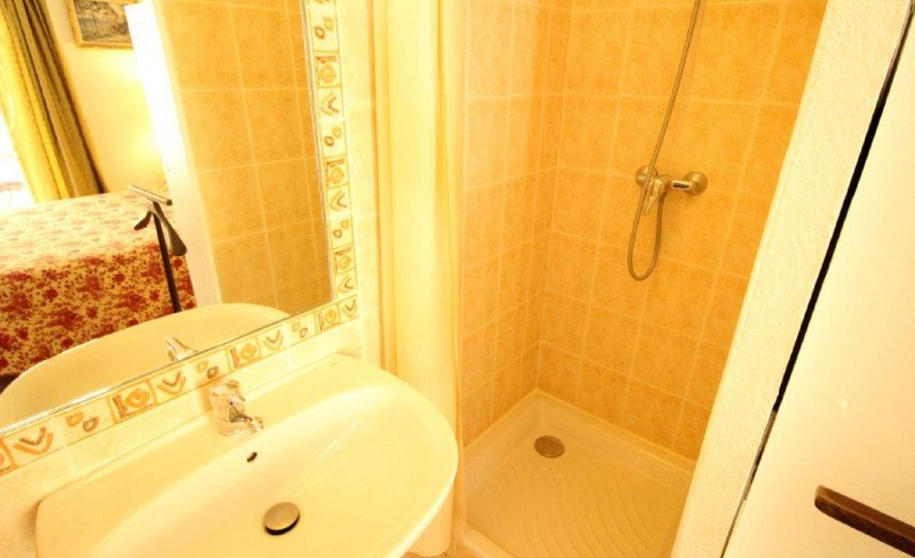 Spacious two bedroom apartment in Cannes
