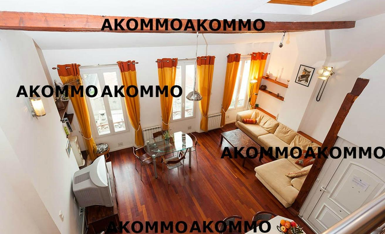 Recently renovated three bedroom apartment in the city center