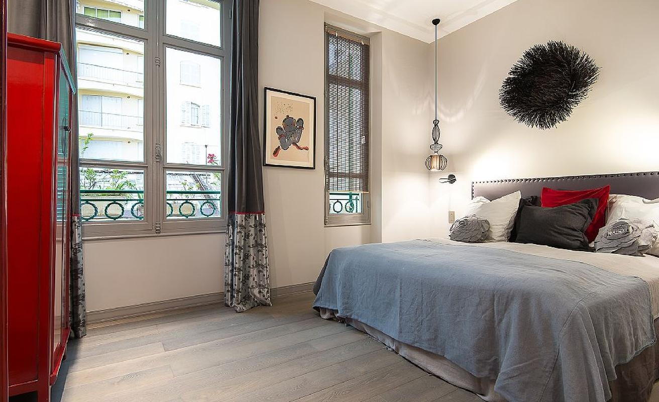 Sophisticated three bedroom apartment