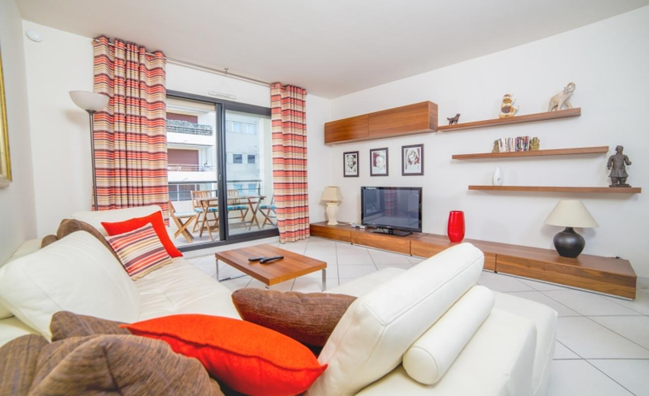 Elegant two bedroom apartment in Cannes