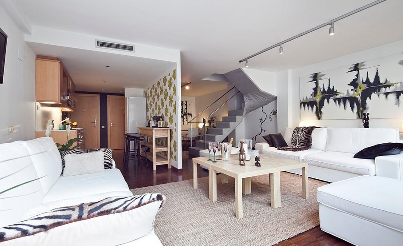 Unbelievable Three Bedroom Apartment with Pool
