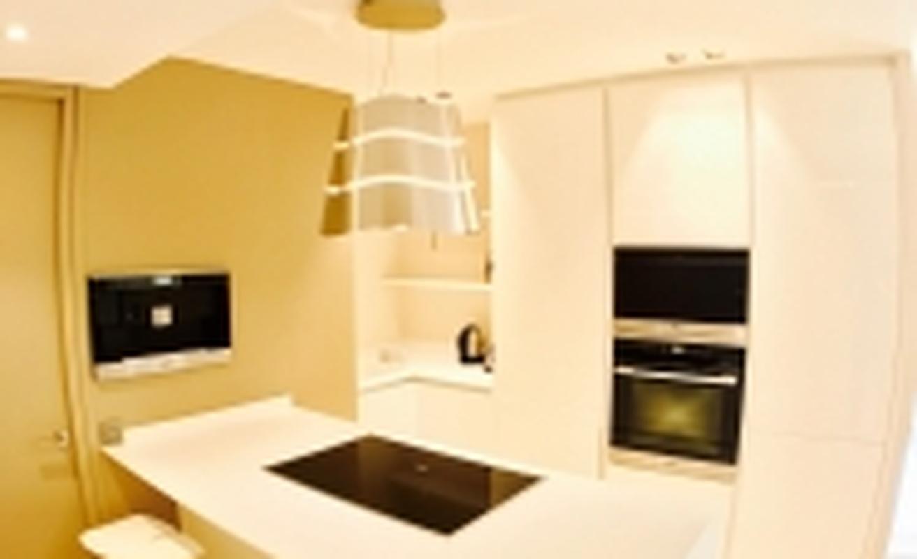 Luxurious Three Bedroom Close to Palais