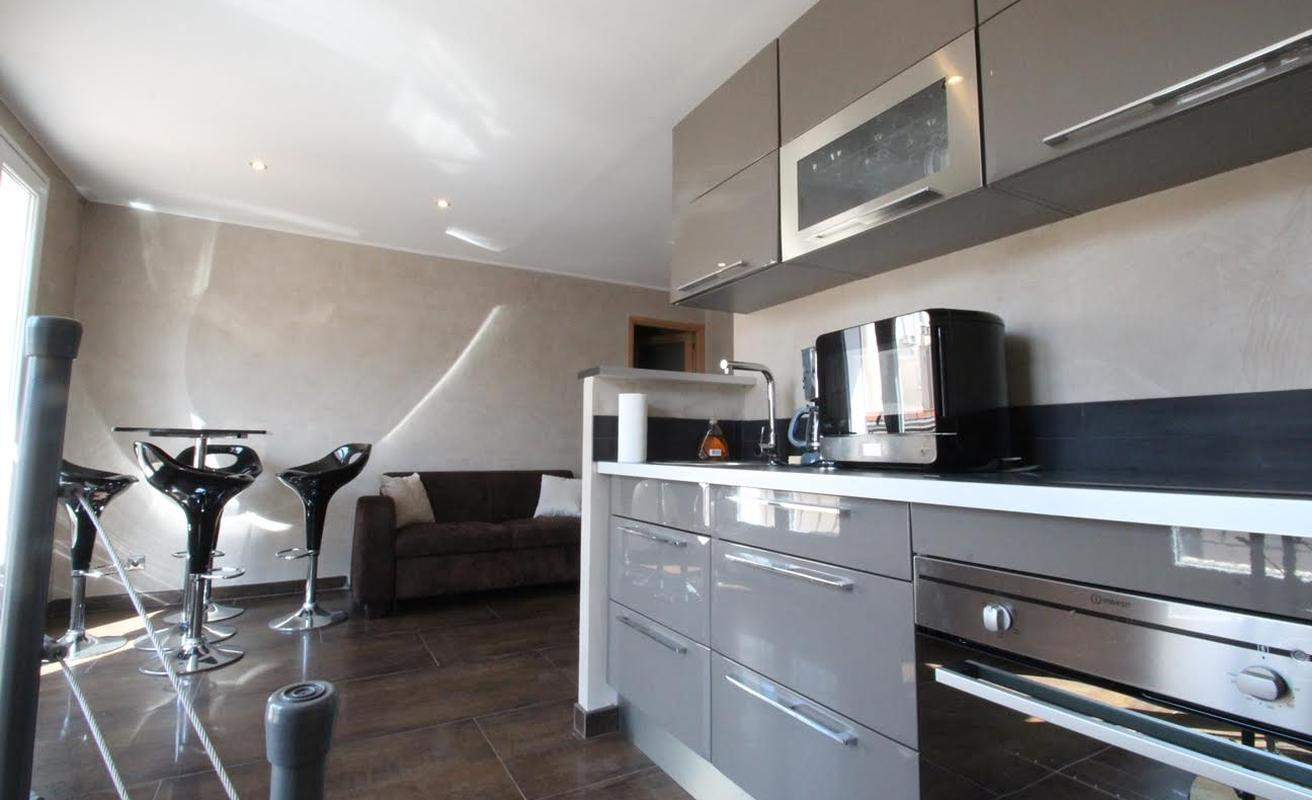 Centrally located two bedroom duplex in Cannes
