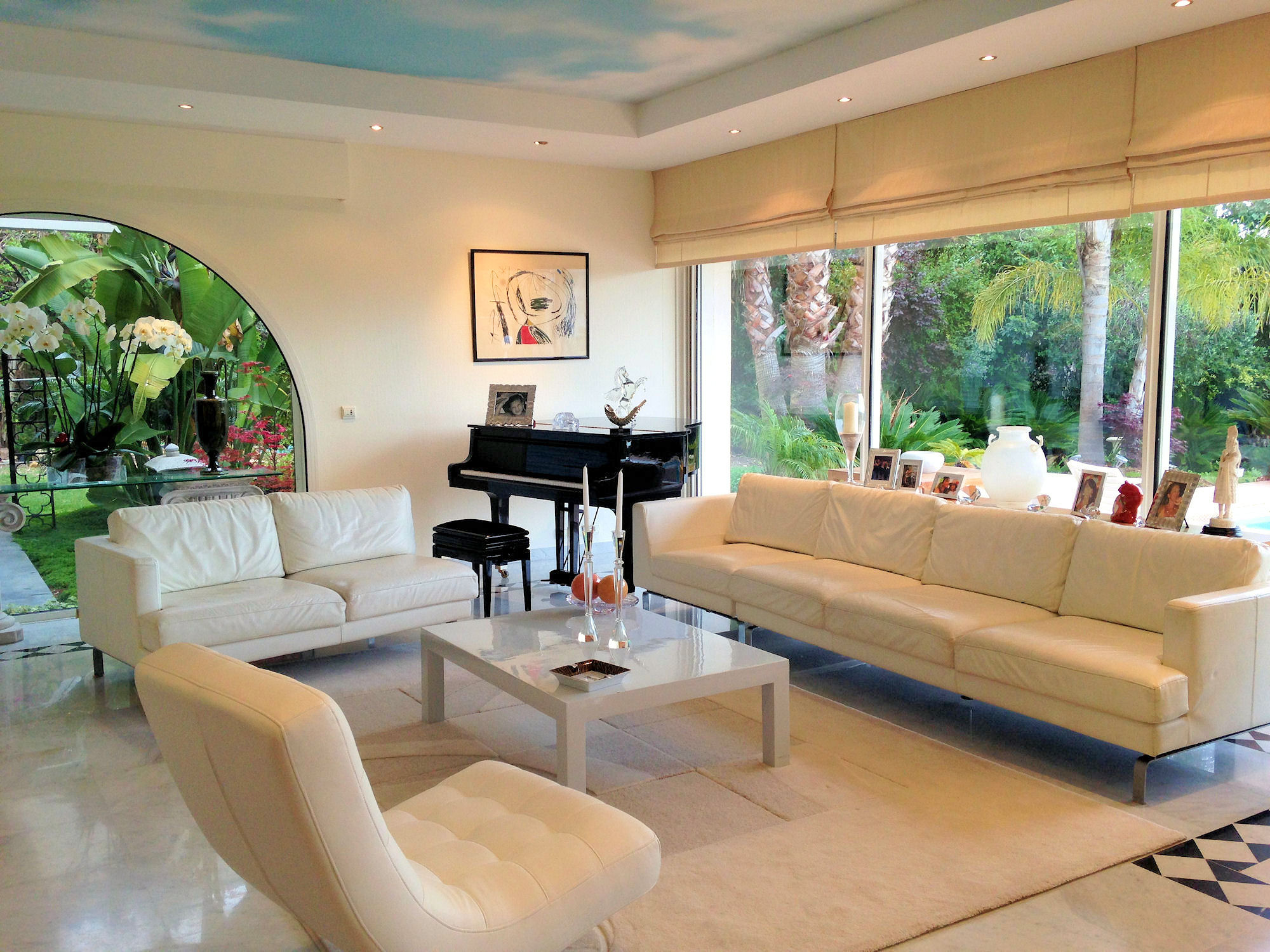 Opulent four bedroom villa with pool and garden